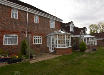 2 bed cottage for sale in 3 Benningfield Gardens, Castle Village, Berkhamsted, Hertfordshire HP4