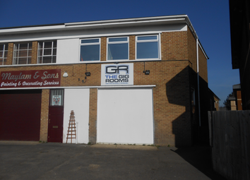 Thumbnail Industrial for sale in Trafford Road, Reading