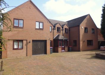 Thumbnail Room to rent in Lapwing Gate, Telford, Priorslee