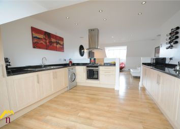 Thumbnail 2 bed flat to rent in 26 Corporation Road, Beverley