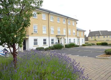 Thumbnail 2 bed flat to rent in Harvest Bank, Carterton