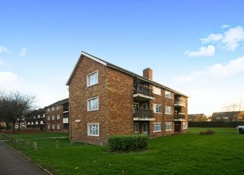 Thumbnail 2 bed flat for sale in Croyde Avenue, Hayes