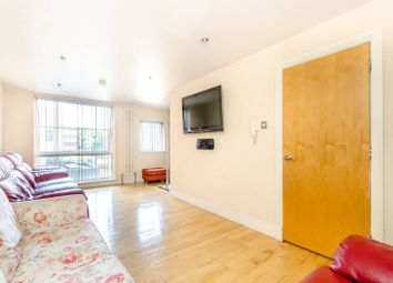 Thumbnail 3 bed property to rent in Graduate Place, Borough