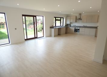 Thumbnail 3 bedroom bungalow to rent in Bexley Lane, Sidcup