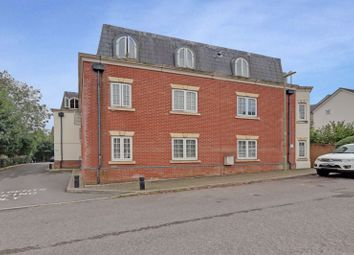 2 bed flat to rent in Elizabeth House, Beaconsfield Road, Waterlooville PO7