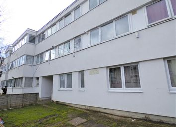 Thumbnail 3 bed flat to rent in Avenue Road, Tottenham, London