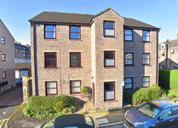 2 bed flat to rent in Trafalgar Court, Harrogate HG1