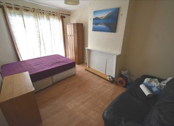 Thumbnail Room to rent in St Vincents Road, Room A, Dartford