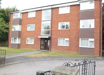 Thumbnail 3 bedroom flat to rent in Eastern Avenue, Reading