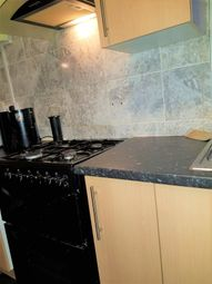 5 bed semi-detached house to rent in Derwent Drive, Hayes, Greater London UB4