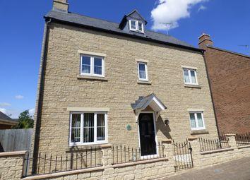 Thumbnail 5 bed detached house to rent in Chartwell Road, Swindon