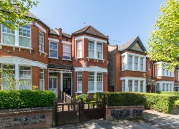 Thumbnail 2 bed flat for sale in Grosvenor Road, Finchley