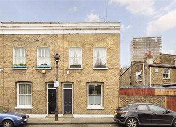 Thumbnail 2 bed property for sale in Ravenscroft Street, London