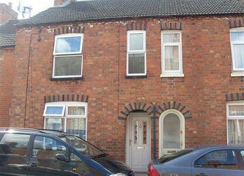 3 bed terraced house to rent in Duke Street, Burton Latimer, Northants NN15