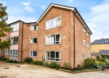 Thumbnail Flat to rent in Hawkswell Gardens, North Oxford