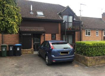 Thumbnail 2 bed flat for sale in Torrington Road, Berkhamsted