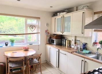 2 bed maisonette to rent in Shaef Way, Teddington TW11