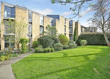 Thumbnail 2 bedroom flat for sale in Heston House, Wellesley Road, Chiswick, London