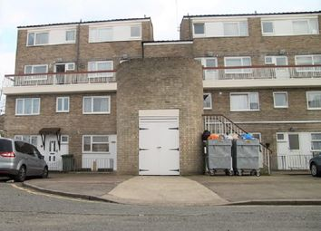 2 bed maisonette to rent in Gawsworth Close, Stratford, London. E15