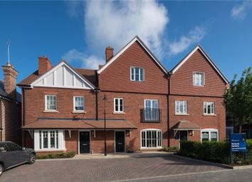 Portland Crescent, Marlow, Buckinghamshire SL7. 4 bed terraced house