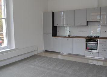 Thumbnail 3 bed flat for sale in Grosvenor Square, Southampton