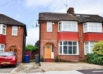 4 bed property for sale in Cotswold Gardens, London NW2