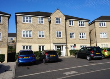 Thumbnail 2 bedroom flat to rent in 28 Austin Close, Lindley