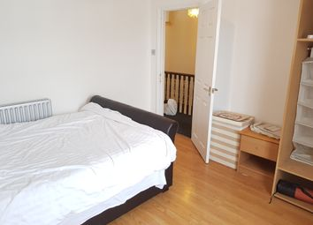Thumbnail Room to rent in Melrose Avenue, Wood Green, London
