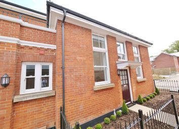 Thumbnail 1 bed property to rent in Kensington Way, Burntwood Square, Brentwood