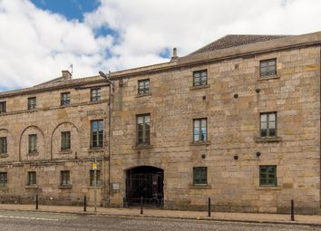 2 bed flat to rent in Great Junction Street, Leith, Edinburgh EH6