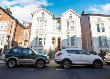 2 bed flat to rent in Shaftesbury Road, Southsea PO5