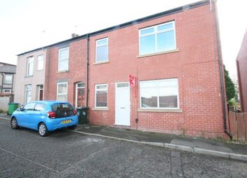 Thumbnail 2 bed flat to rent in Shadwell Street, Heywood