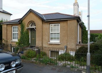 Thumbnail 2 bedroom flat to rent in Monkton Street, Ryde
