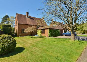 Thumbnail 4 bed detached house for sale in Walkwood Rise, Beaconsfield