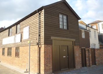 Thumbnail 2 bed property to rent in High Street, Gosport