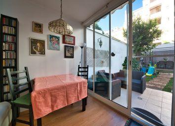 Thumbnail Apartment for sale in Campo De Ourique (Santa Isabel), Campo De Ourique, Lisboa
