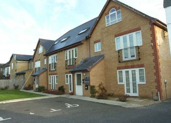 Thumbnail 2 bed flat to rent in Dawley Road, Hayes