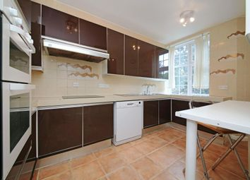 Thumbnail 3 bed flat to rent in Bishops Court, Great North Road, London