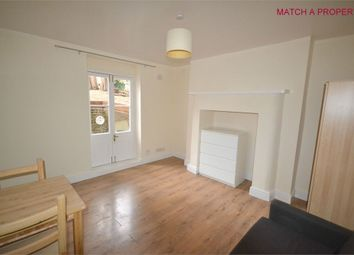 1 bed flat to rent in Mount Avenue, Ealing, London W5