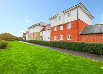 2 bed flat for sale in Oxton Close, Rowhedge, Colchester CO5