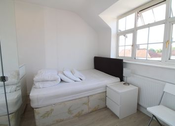 Thumbnail Studio to rent in Mill Hill, London
