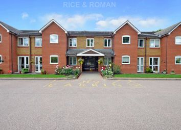 Royston Court, Hinchley Wood KT10. 2 bed flat for sale