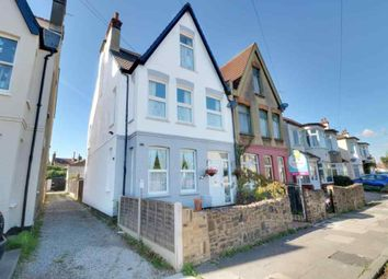 Thumbnail 2 bedroom flat for sale in Crowborough Road, Southend-On-Sea