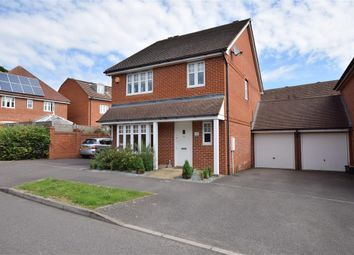Thumbnail 3 bedroom detached house for sale in Skylark Way, Shinfield, Reading