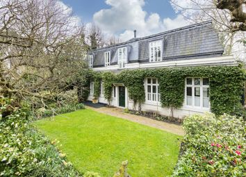 Thumbnail 6 bed property to rent in Holland Villas Road, London