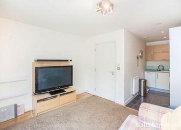 Thumbnail 1 bed flat to rent in Rosedene Terrace, London