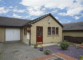 3 bed semi-detached house to rent in Cliffe Street, Dewsbury WF13
