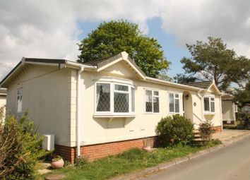 Thumbnail 3 bed mobile/park home for sale in Main Road, Willows Riverside Park, Windsor