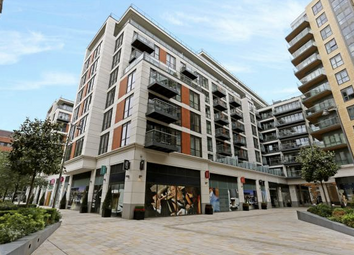 Thumbnail 1 bedroom flat for sale in Vista Apartments, Dickens Yard, New Broadway, Ealing, London