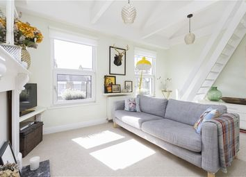 Thumbnail 1 bed flat to rent in Rodwell Road, London